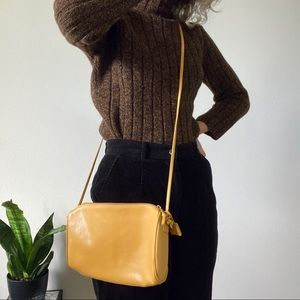 [Vintage] Yellow Tan Leather Crossbody Bag